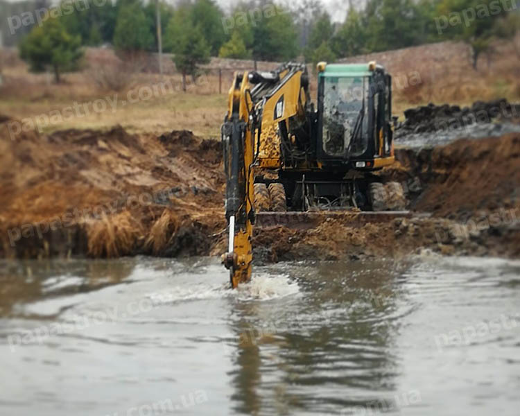 Углубление дна водоемов в Киеве и области